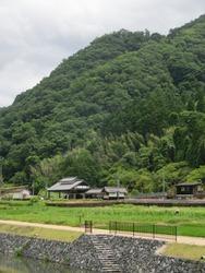平福~駅と山城