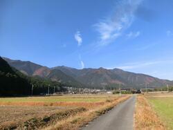 西安積の農道