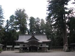 伊和神社本殿