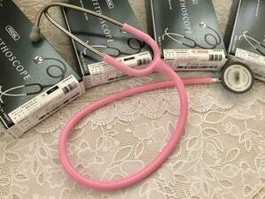 聴診器ピンク