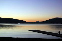 朝焼けに映える富士(諏訪湖).jpg