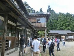 廣業館と列祖神社