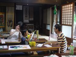 和紙に絵を描く